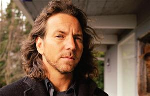 Free Eddie Vedder Screensaver Download