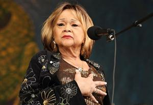 Free Etta James Screensaver Download