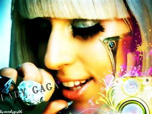 Free Lady GaGa Screensaver Download