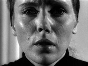Free Liv Ullmann Screensaver Download