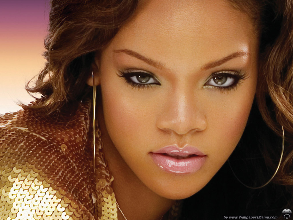 Rihanna Screensaver Sample Picture 3