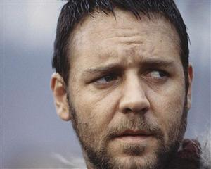 Free Russell Crowe Screensaver Download